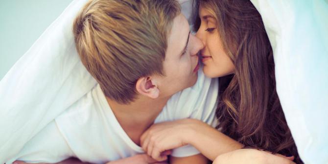 Fakta Unik Dari Berciuman