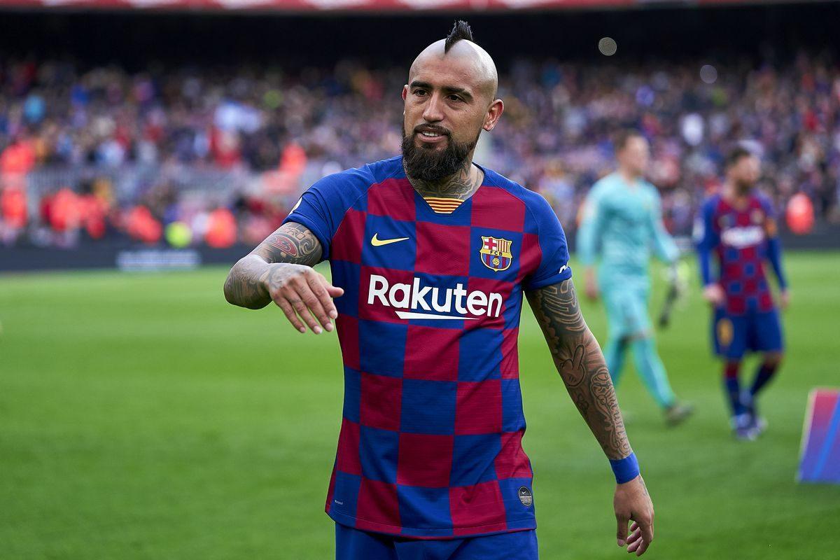 Alasan Liverpool Harus Beli Arturo Vidal Tahun Depan