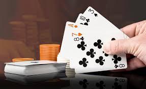 Apakah Bersenang-senang Online poker di Tabel perjudian pendirian Terbaik atau di Mesin